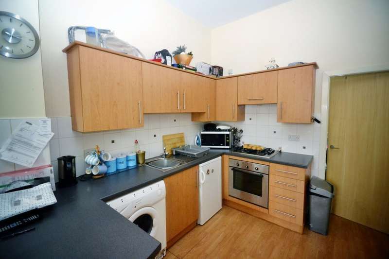 1 Bedroom Apartment Flat for rent in Ewart Court, Hadfield, Glossop, SK13