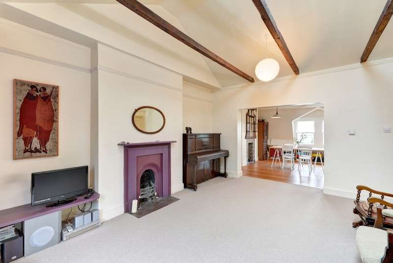 2 Bedrooms Flat for sale in Anson Road, Tufnell Park, Islington, London, N7