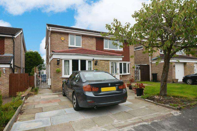 4 Bedrooms Detached House for sale in Wasdale Drive, Gatley, Cheadle