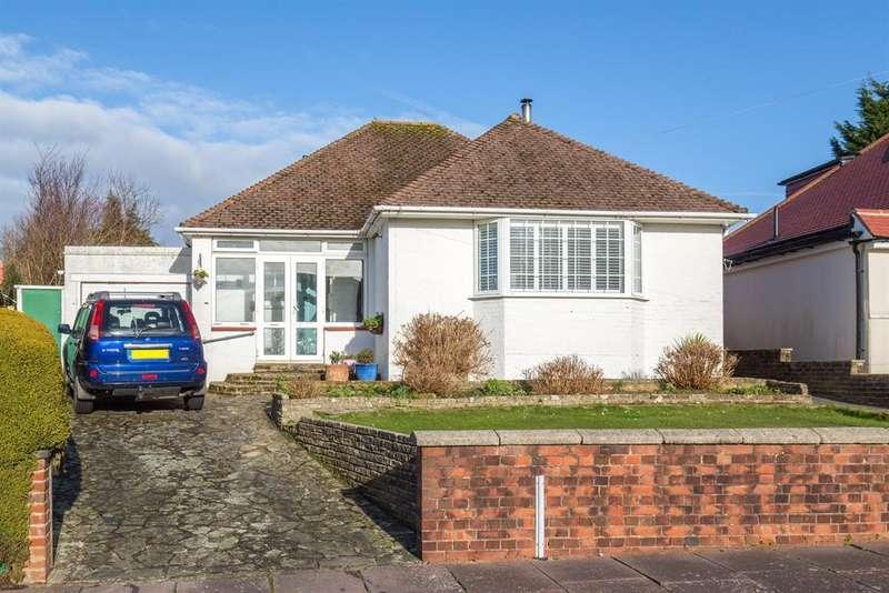 2 Bedrooms Detached Bungalow for sale in Hazelhurst Crescent, Findon Valley, Worthing, West Sussex, BN14 0HN
