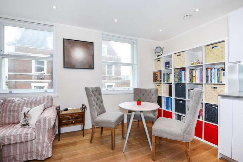 2 Bedrooms Flat for sale in Broadhurst Gardens, South Hampstead