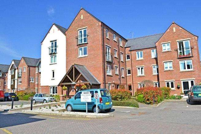 2 Bedrooms Retirement Property for sale in Moores Court, Jermyn Street, Sleaford, Lincolnshire, NG34