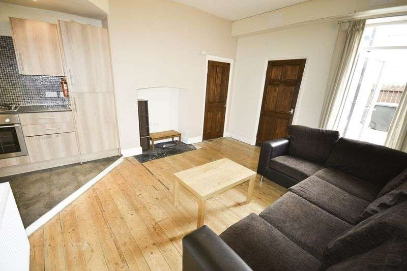 3 Bedrooms Property for sale in Fifth Avenue, Newcastle Upon Tyne