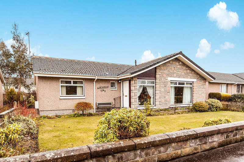 3 Bedrooms Detached Bungalow for sale in Borrowfield Road, Montrose, DD10