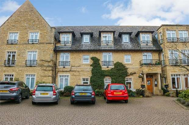 1 Bedroom Flat for sale in Freemans Gardens, Olney, Buckinghamshire
