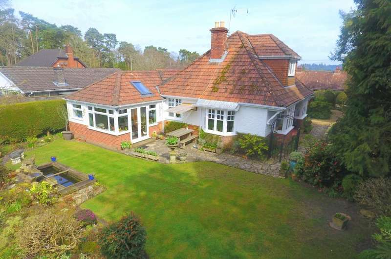 3 Bedrooms Detached Bungalow for sale in St Ives, Ringwood, BH24 2PA