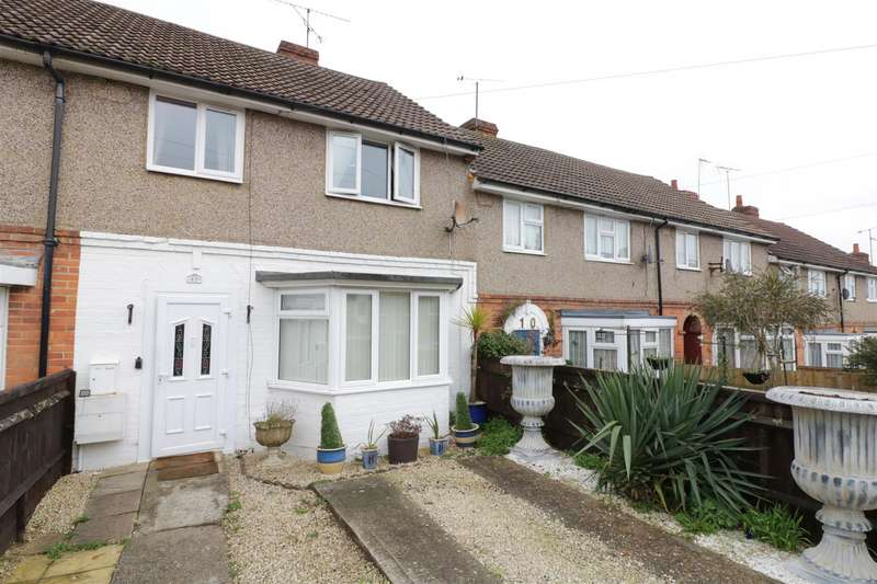 3 Bedrooms Terraced House for sale in Kinson Road, Tilehurst, Reading
