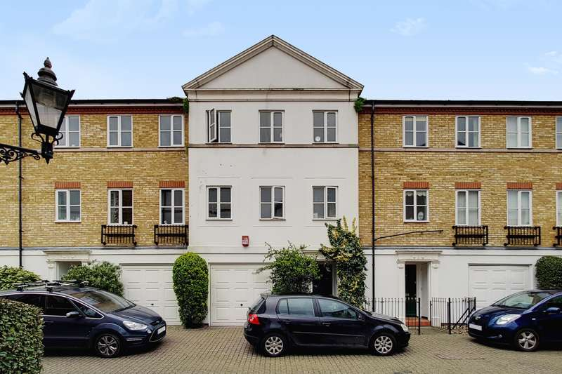 3 Bedrooms Terraced House for sale in Vestry Mews, London, SE5 8NS