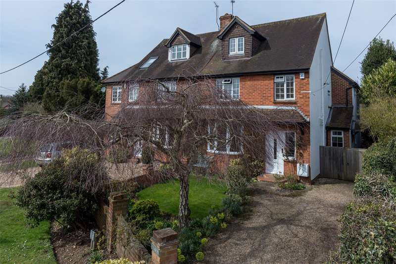 4 Bedrooms Semi Detached House for sale in Bovingdon Green, Marlow, Buckinghamshire, SL7