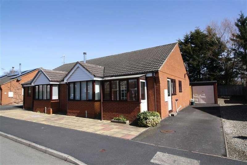 2 Bedrooms Semi Detached Bungalow for sale in Brooklands Park, Craven Arms