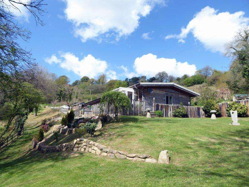 4 Bedrooms Lodge Character Property for sale in Pantersbridge, Bodmin