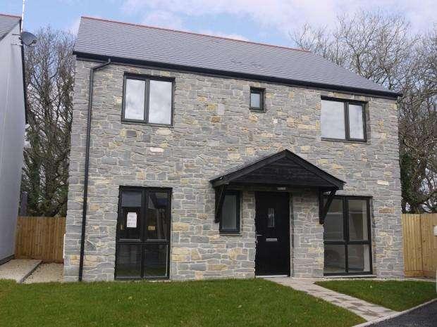 4 Bedrooms Detached House for sale in Snowden Duffryn Oaks, Pencoed, CF35