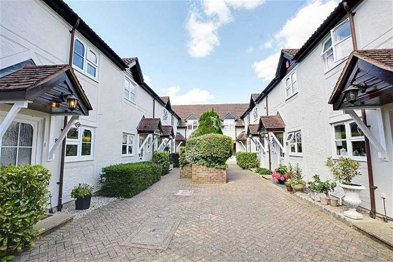 2 Bedrooms Terraced House for sale in River Court, Crouchfield, Chapmore End, SG12