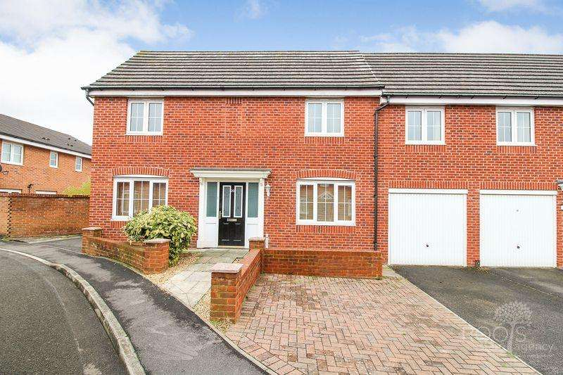 3 Bedrooms House for sale in Yeomanry Close, Thatcham