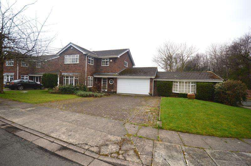 5 Bedrooms Detached House for sale in Wirral View, Grassendale