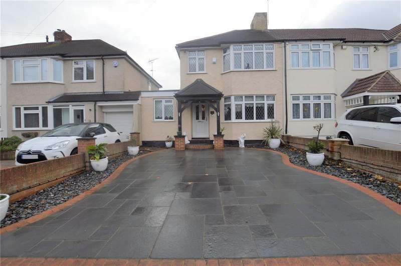 4 Bedrooms End Of Terrace House for sale in College Road, Hextable, Kent, BR8
