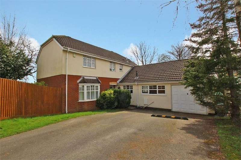 4 Bedrooms Detached House for sale in Charlock Close, Thornhill, Cardiff