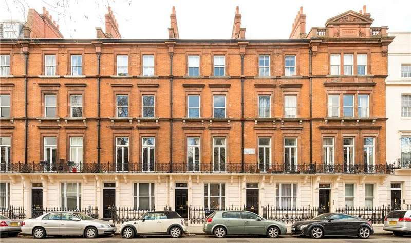 2 Bedrooms Flat for sale in Colosseum Terrace, Albany Street, London