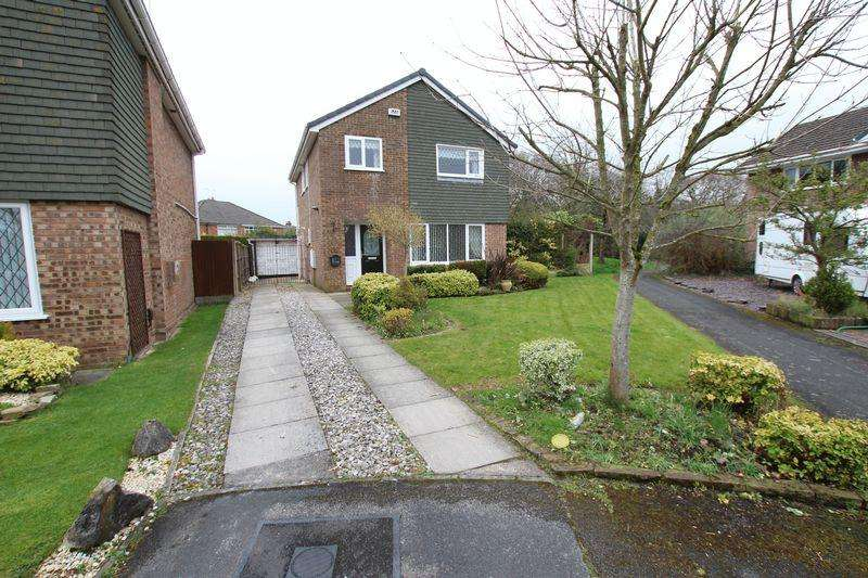 3 Bedrooms Detached House for rent in Yewdale Drive, Whitby