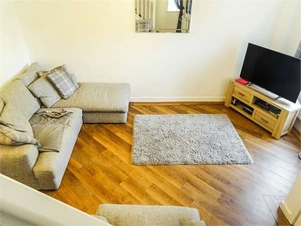 3 Bedrooms Semi Detached House for sale in Weavers Avenue, Frizington, Cumbria