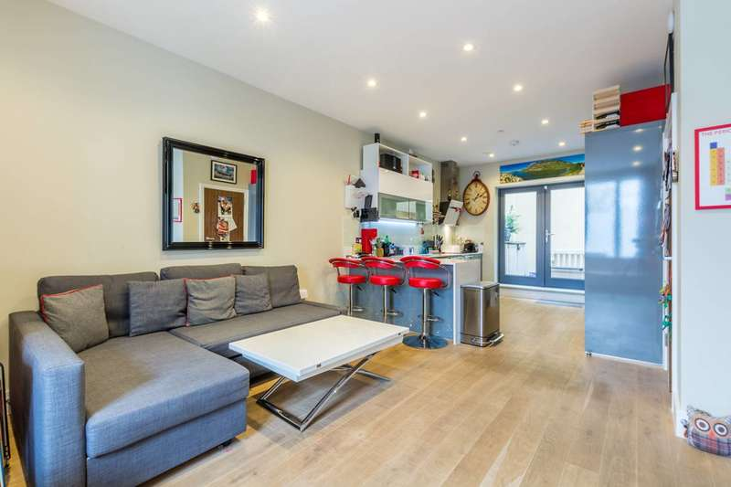 3 Bedrooms House for sale in Hermes House, Brixton, SW2
