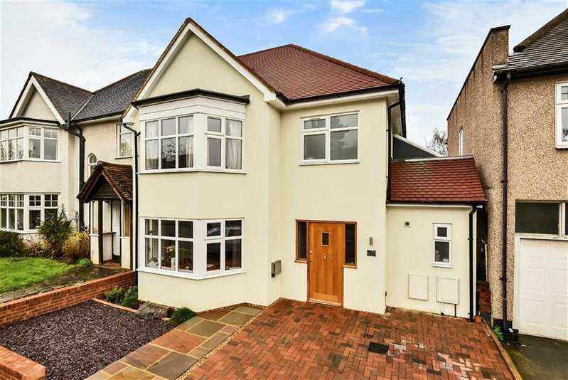 5 Bedrooms Semi Detached House for sale in Hillside Gardens, High Barnet, Hertfordshire