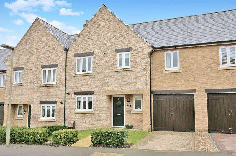 3 Bedrooms Terraced House for sale in 29 Aldous Drive, Bloxham