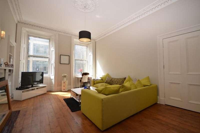 2 Bedrooms Flat for rent in Haymarket Terrace, Edinburgh, Midlothian, EH12 5LA