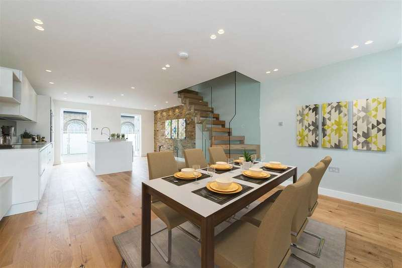 4 Bedrooms End Of Terrace House for sale in Florence Road, New Cross