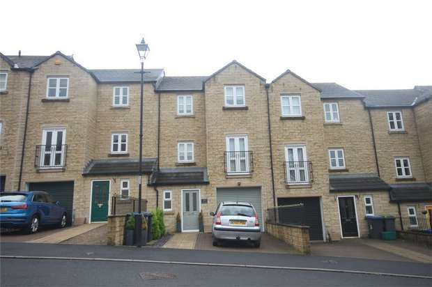 4 Bedrooms Terraced House for sale in Queensgate, Consett, Durham