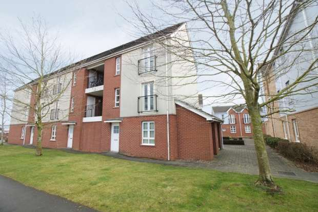 1 Bedroom Ground Flat for sale in Carlton Boulevard, Lincoln, Lincolnshire, LN2 4AG