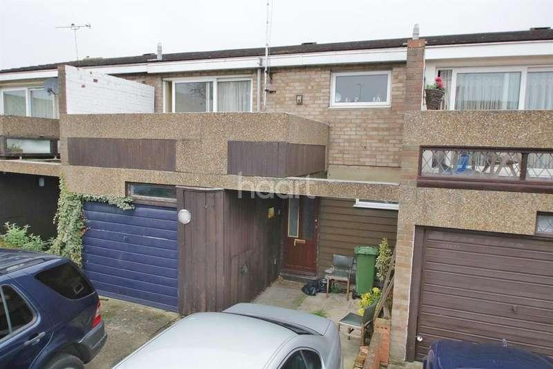 3 Bedrooms Terraced House for sale in Elsenham Crescent, Basildon