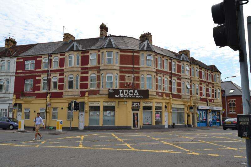 2 Bedrooms Flat for rent in F6 251 - 253, Penarth Road, Grangetown, Cardiff, South Wales, CF11 6FS