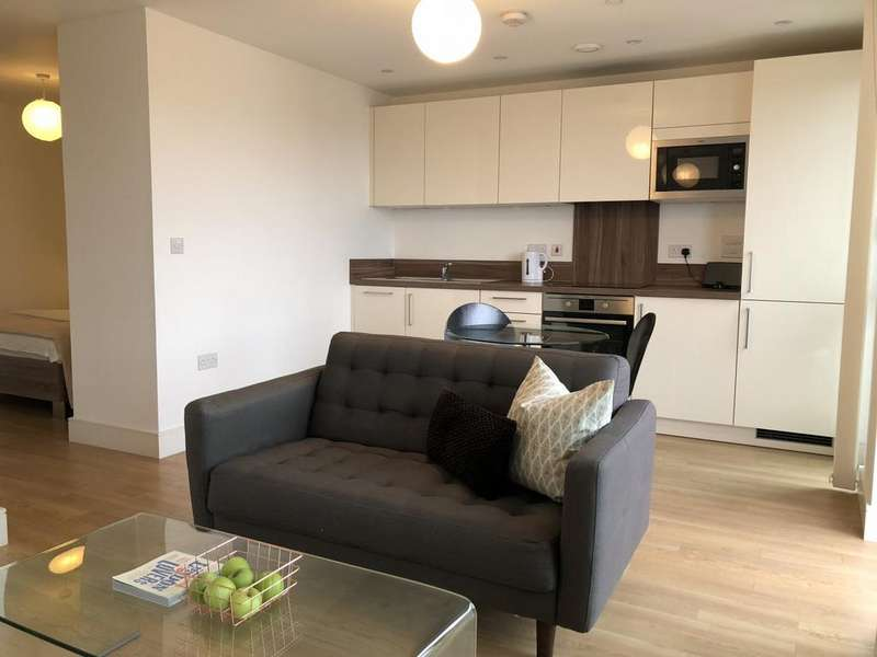 Studio Flat for sale in Ivy Point, E3