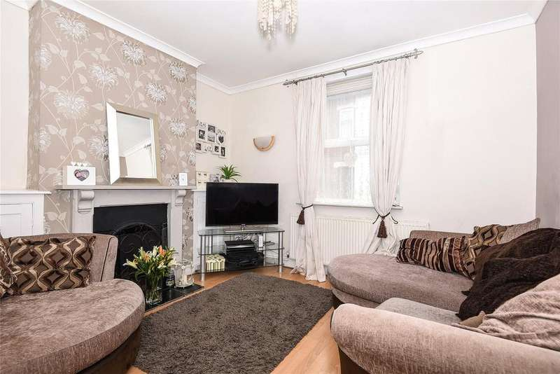 2 Bedrooms Terraced House for sale in Sidney Street, Grantham, NG31