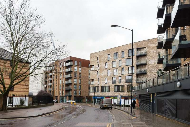 2 Bedrooms Apartment Flat for sale in Surrey Quays, London, SE16