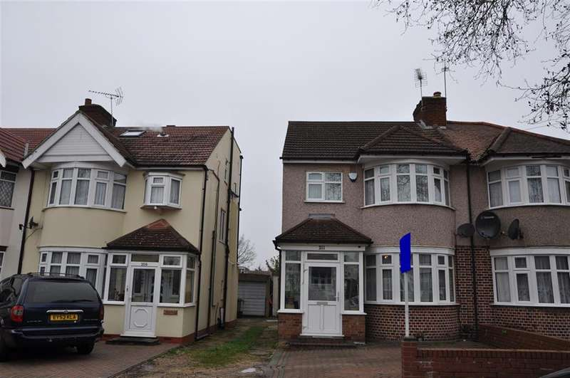 4 Bedrooms Semi Detached House for sale in Kenmore Avenue, HA3 8PB