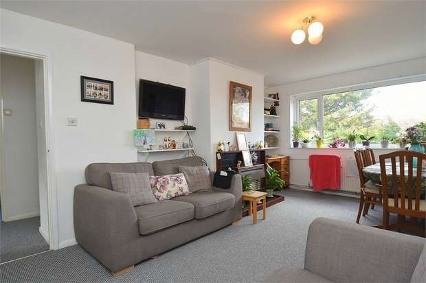 2 Bedrooms Flat for sale in Masons Rise, Broadstairs, Kent