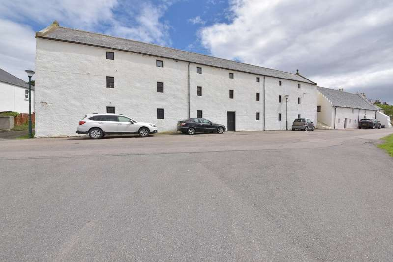 2 Bedrooms Flat for sale in Harbour Street, Portmahomack, Tain, Highland, IV20 1YG