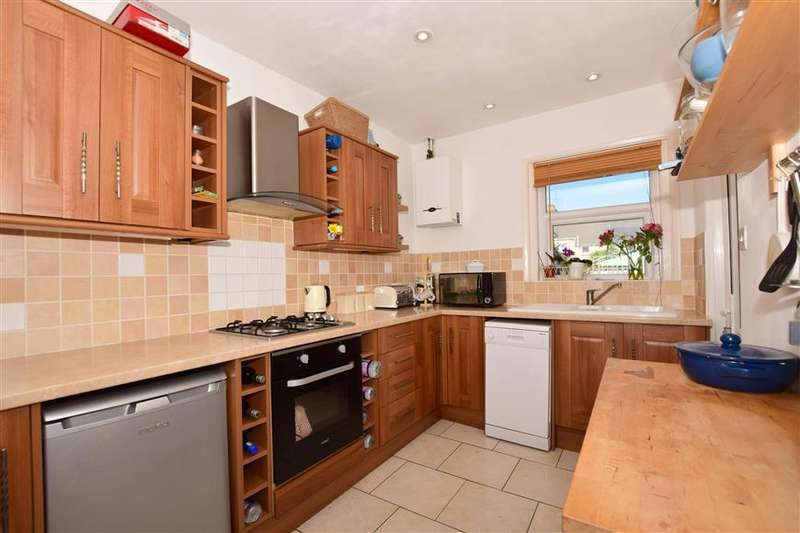 3 Bedrooms Terraced House for sale in Narrabeen Road, Cheriton, Folkestone, Kent