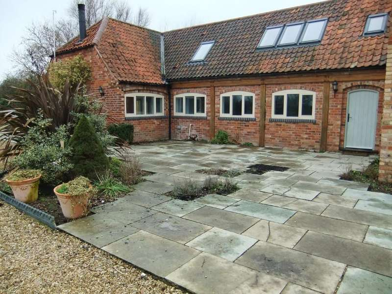 4 Bedrooms Barn Conversion Character Property for rent in Frontniche Stables, Flawborough