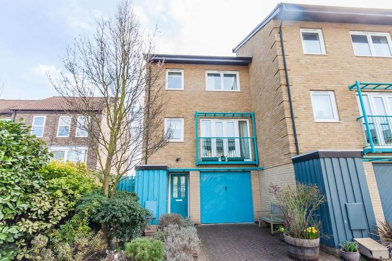 3 Bedrooms Town House for sale in Ainsworth Place, Cambridge