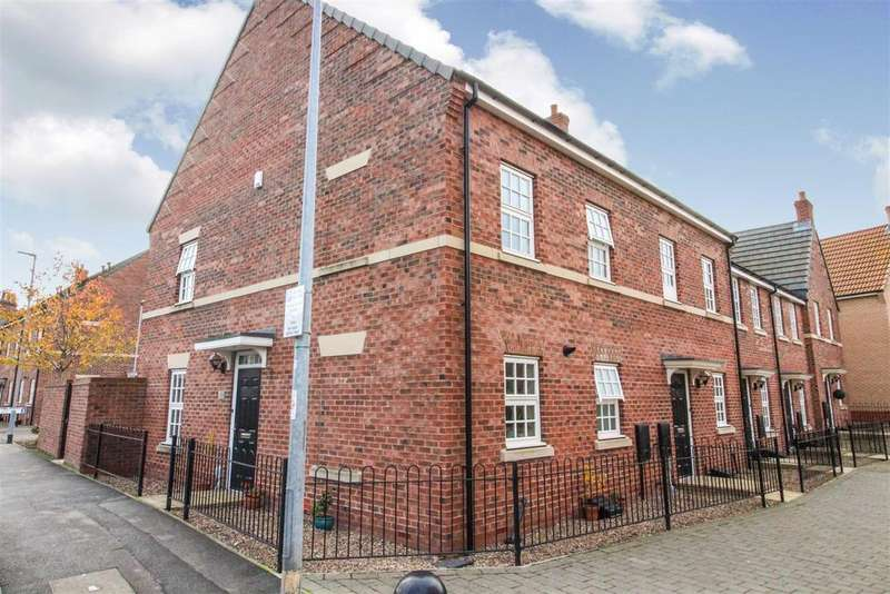 3 Bedrooms End Of Terrace House for sale in St. Nicholas Road, Beverley
