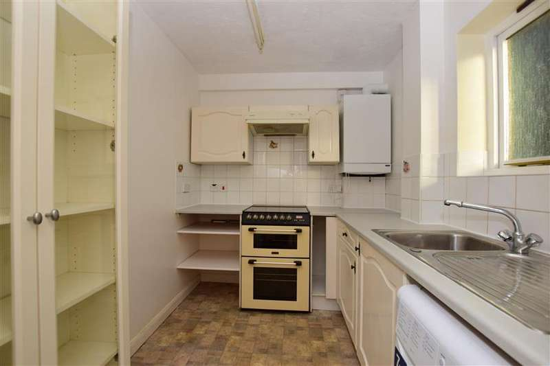 2 Bedrooms Flat for sale in Netley Close, Sutton, Surrey