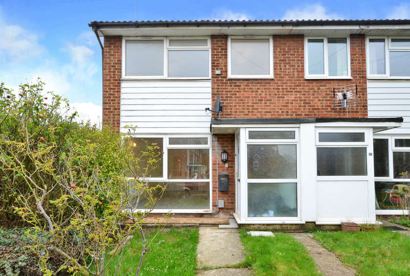 4 Bedrooms End Of Terrace House for rent in Camberley, Surrey