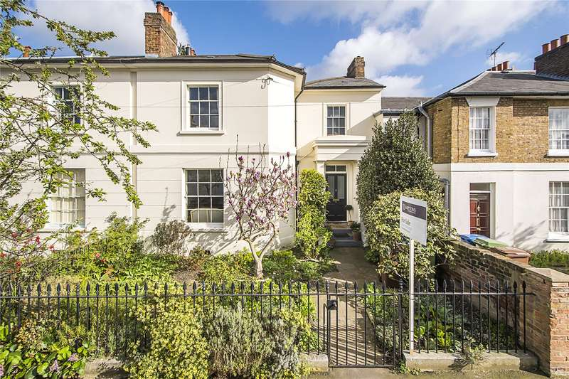 4 Bedrooms Terraced House for sale in Highshore Road, London, SE15