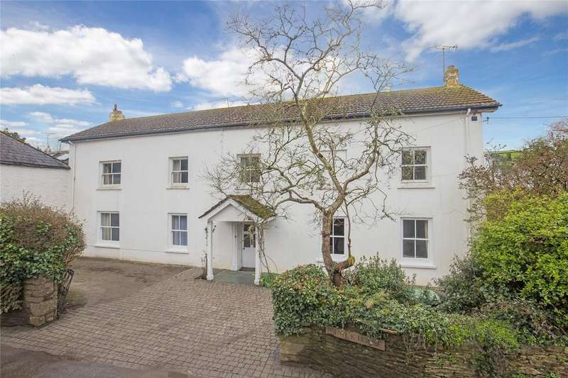 5 Bedrooms Detached House for sale in Broadhempston, Totnes, Devon, TQ9