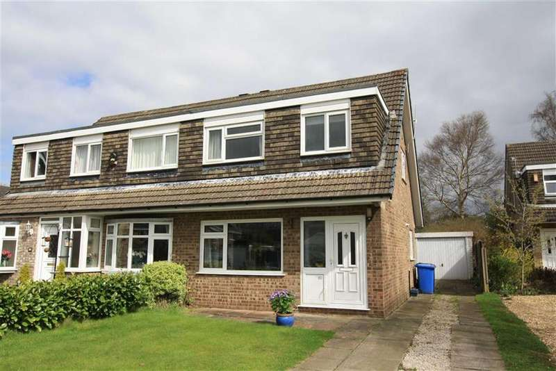 3 Bedrooms Semi Detached House for sale in Newgate Road, Sale