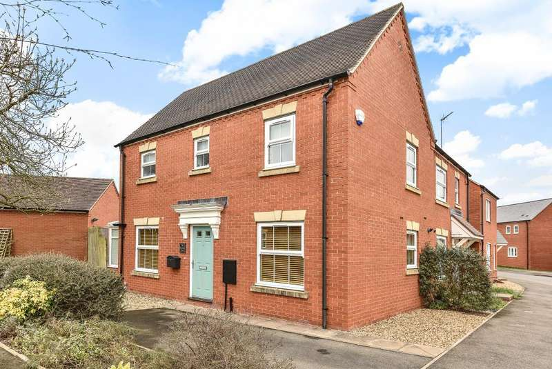 3 Bedrooms House for sale in Collins Drive, Bloxham, OX15