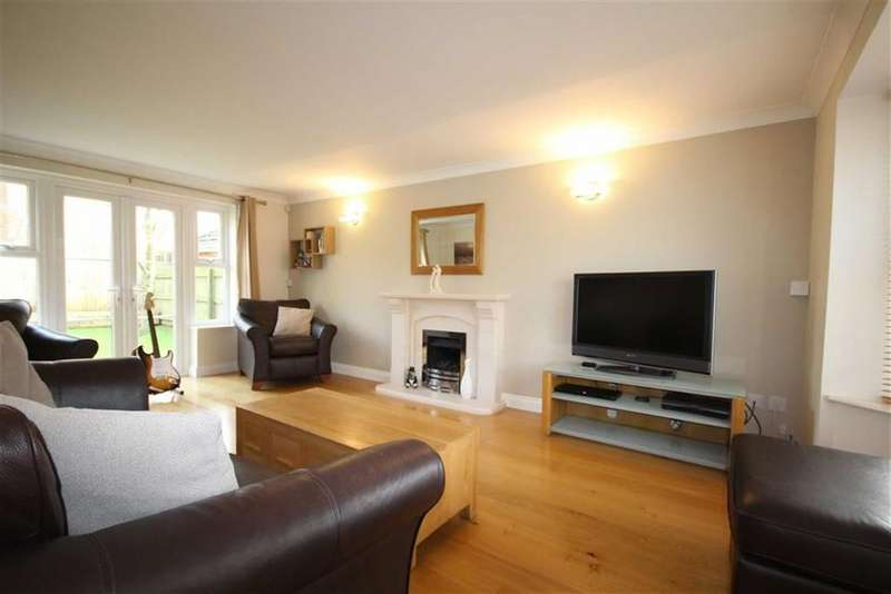5 Bedrooms Detached House for rent in Peaks Hill, Purley